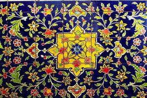1433431 300x200 - نقش رنگ در تزئین کاشی کاری در بناهای اسلامی دوران سلجوقی و تلفیق آن با کاشی کاری در قرن 21
