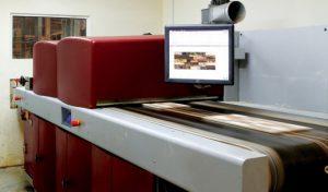 8280 orig 300x176 - رنگ های مورد استفاده برای چاپ دیجیتال کاشی و سرامیک در سال 2021